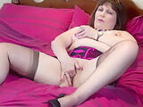 Kinky mature mother reaching orgasm