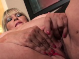 Fat british grandma masturbating and showing off skills