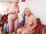 Amateur mature and aged pictures in hot slideshow
